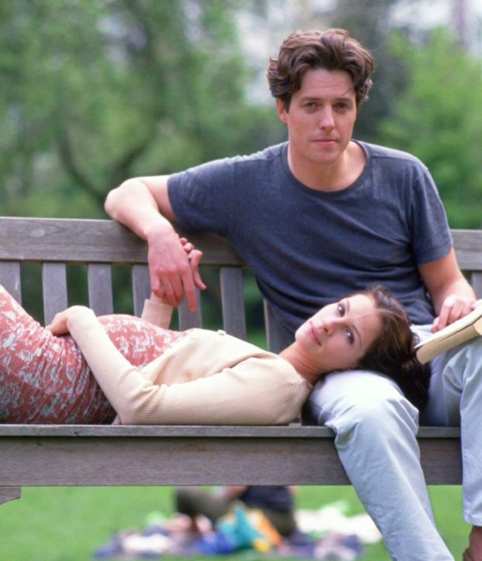 Hugh Grant and Julia Roberts on set of Notting Hill.