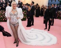 Gwen Stefani in Moschino- MET Ball 2019